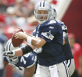 Tony Romo slices and dices the Tampa Bay defense for 353 yards and three lengthy touchdowns.