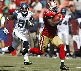 Nobody's catching Frank Gore on this 80-yard jaunt for his second touchdown of the day.