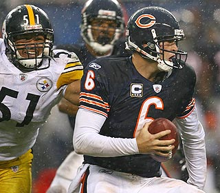 Faced with a Steelers pass rush and a steady rain, Bears QB Jay Cutler manages to deliver.