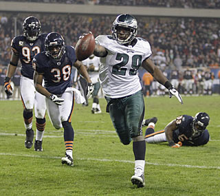 LeSean McCoy, starting for the injured Brian Westbrook, doesn't disappoint. He rushes for 99 yards and the go-ahead TD.
