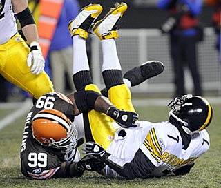 In the first quarter, Corey Williams records one of Cleveland's eight sacks against Ben Roethlisberger.