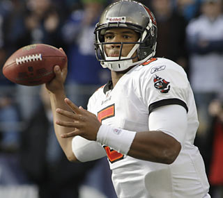 Josh Freeman, who picks his game up in the second half, leads the Bucs to a 18-point third quarter.  (AP)