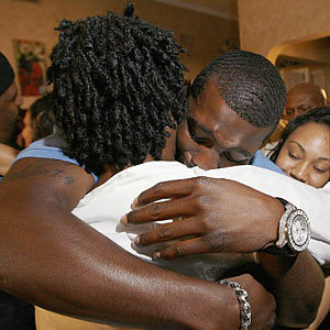Dez Bryant's mom deserves at least a hug for being thrown into the NFL's publicity tank unwillingly. (AP)