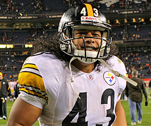 Even when healthy, Troy Polamalu didn't produce results in 2009. (Getty Images)