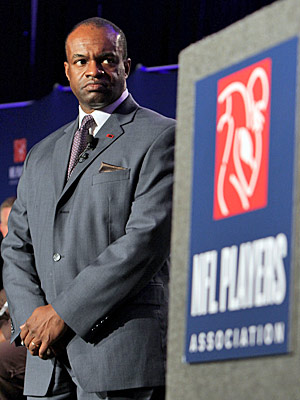 DeMaurice Smith is trying to convince players they need to save for a rainy day. (Getty Images)