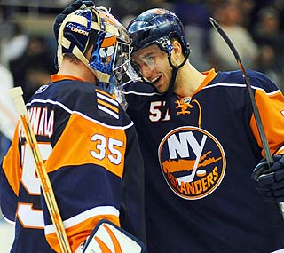 Islanders' Frans Nielsen appreciates goalie Joey MacDonald's solid work in the shootout.  (US Presswire)