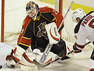 Tomas Vokoun makes 36 saves to help the Panthers win by shutout for the eighth time this season. (AP)