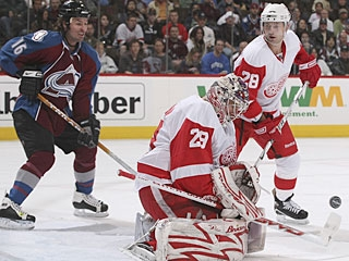 Ty Conklin stops 25 shots to give Detroit its first win in four games against the Avs. (Getty Images)