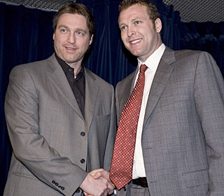 A classy Patrick Roy shakes Martin Brodeur's hand after the game as both now stand at 551 wins.