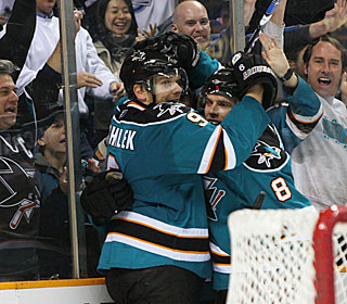 Milan Michalek's winning goal helps the Sharks improve their home record to 30-3-4.  (AP)