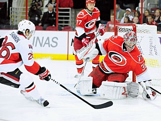 Cam Ward makes his 23rd straight start and helps the 'Canes win their ninth straight at home. (Getty Images)