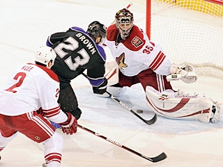 Al Montoya gives up a goal for the first time in the NHL, but he's stopped 53 of 54 shots faced. (Getty Images)