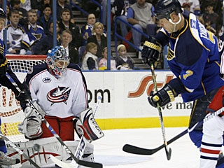 Keith Tkachuk scores two goals in a game for the first time since the season opener versus Nashville. (AP)