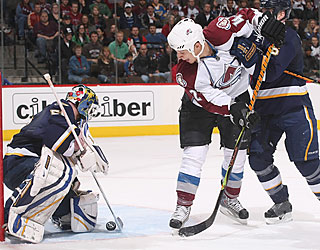 Goalie Chris Mason stifles the Avs to notch his sixth shutout of the season.  (Getty Images)