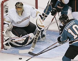 Jonas Hiller turns away 35 shots for a flawless performance in net for the Ducks. (AP)