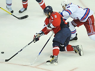Ovechkin puts on a stick-handling clinic around and between defenders before scoring. (US Presswire)