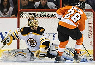 Claude Giroux's goal in the shootout, past Tuukka Rask, is the game winner for the Flyers. (AP)