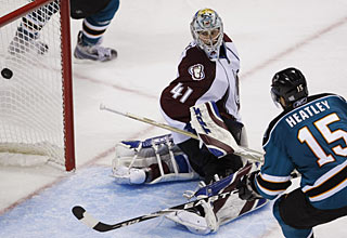 Dany Heatley makes this easy chance count for his fourth goal in the last six games. (AP)