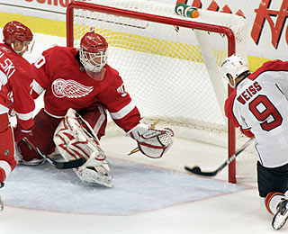 Stephen Weiss makes no mistake with so much open net available to score his seventh goal. (AP)