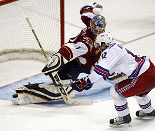 Ales Kotalik is one of four Rangers unable to beat Johan Hedberg in the shootout. (AP)