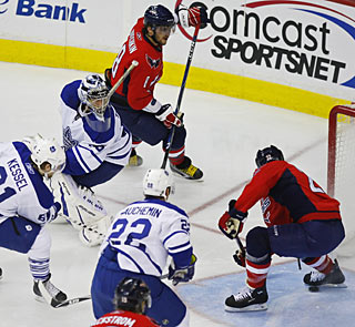 Alex Ovechkin (8) gets one of two assists on a pair of Mike Knuble goals in the second period. (US Presswire)