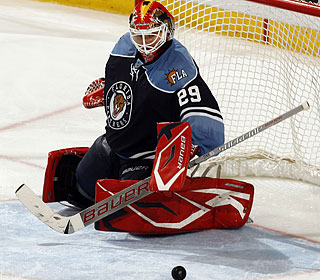 Tomas Vokoun saves one of 33 shots in tying Martin Brodeur for the shutout lead at seven.  (Getty Images)