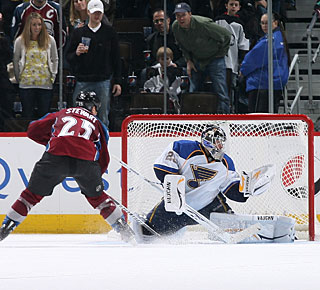 Chris Stewart makes no mistake on his penalty shot to earn his first career three-goal game. (Getty Images)