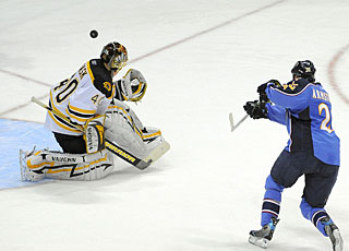 Tuukka Rask stops Colby Armstrong on a penalty shot to shut out Atlanta for the second time. (US Presswire)
