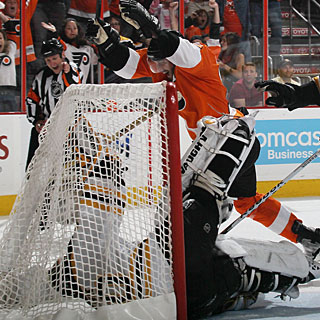 Simon Gagne gets Philly fans to celebrate for at least one game. Is there more to come? (Getty Images)